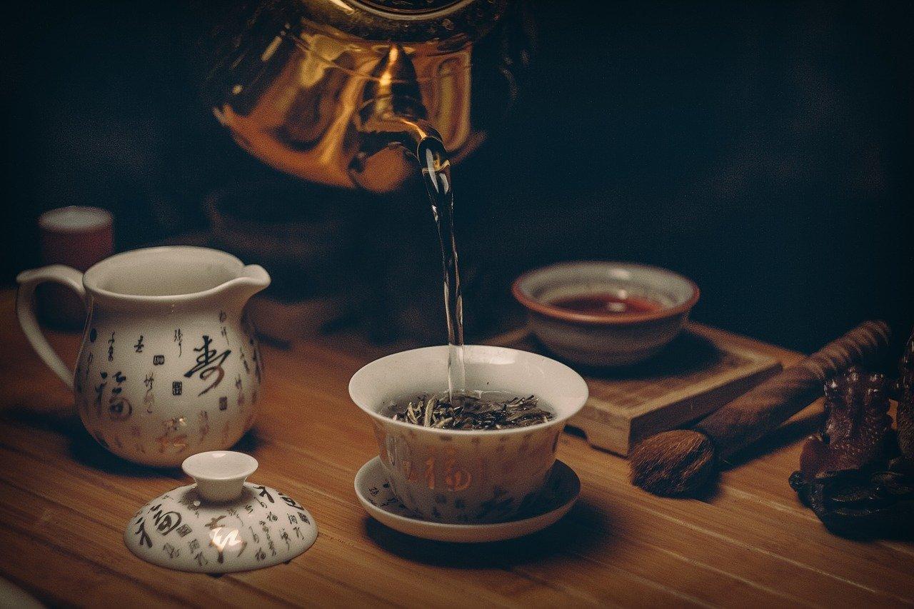 傷の治り具合とカフェインの関係性、それから老化も?
