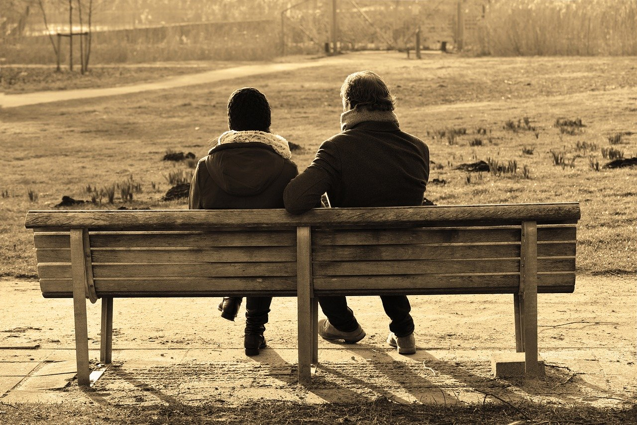 女の会話は苦痛、結婚にはそれに耐え続ける根気が必要
